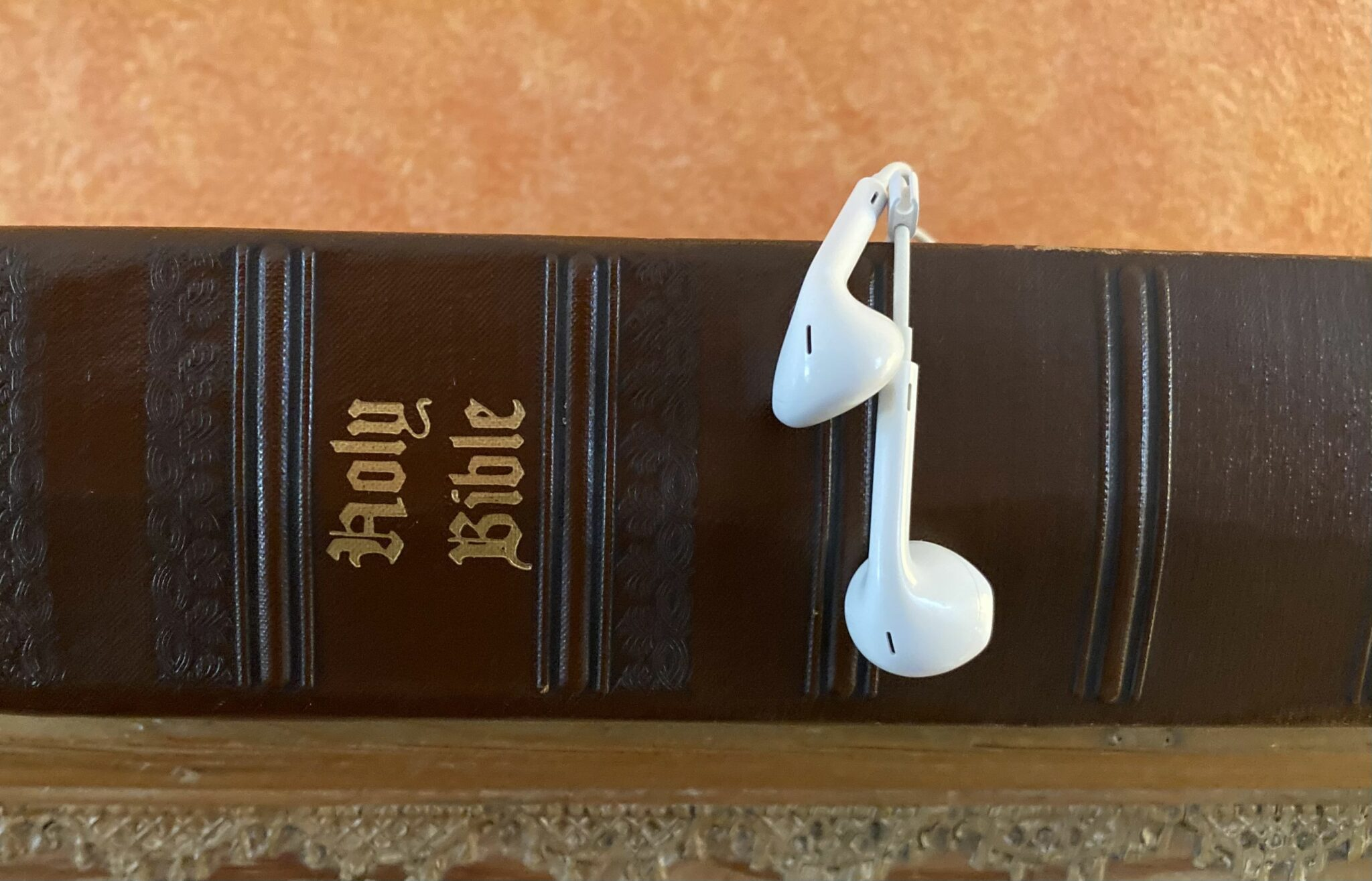 Some Good News: Top Podcast Brings Bible to Thousands
